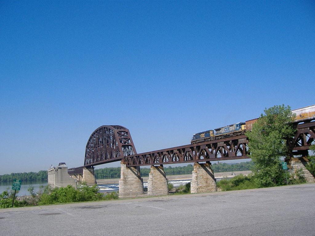 Feb 18 Ohio Falls Bridge 2007